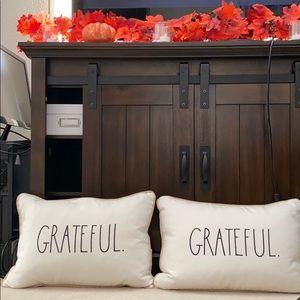 RAE DUNN. Grateful Pillows.